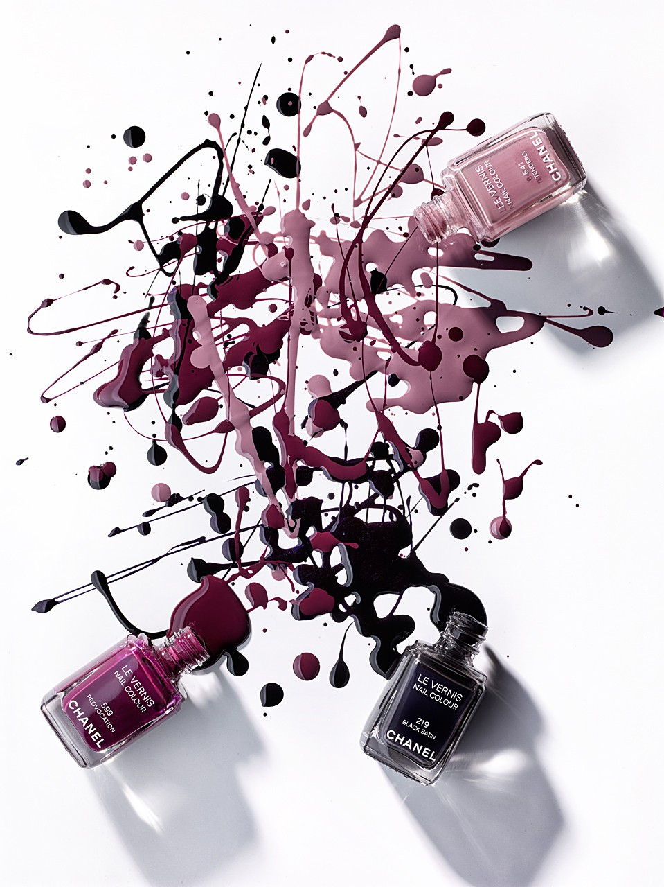 Sabine-Scheer-Jackson-Pollock-nail-colour-liquid-photography