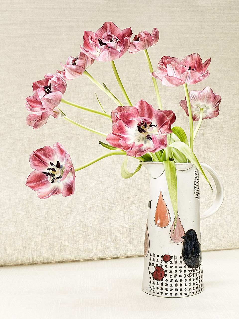 Sabine-Scheer-still-life-photography-tulips-bird