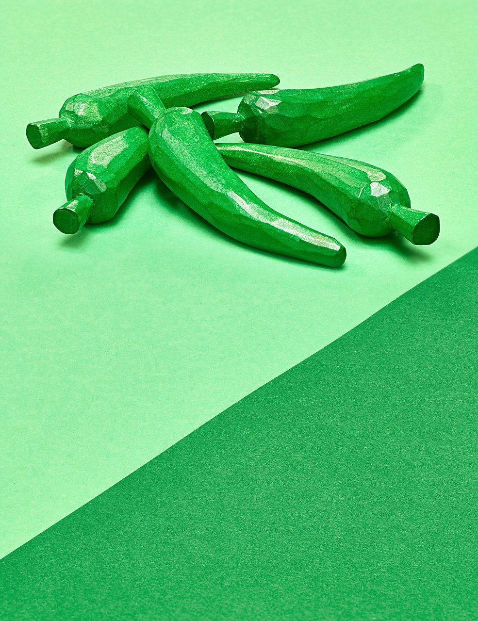 sabine-scheer-still-life-chillies