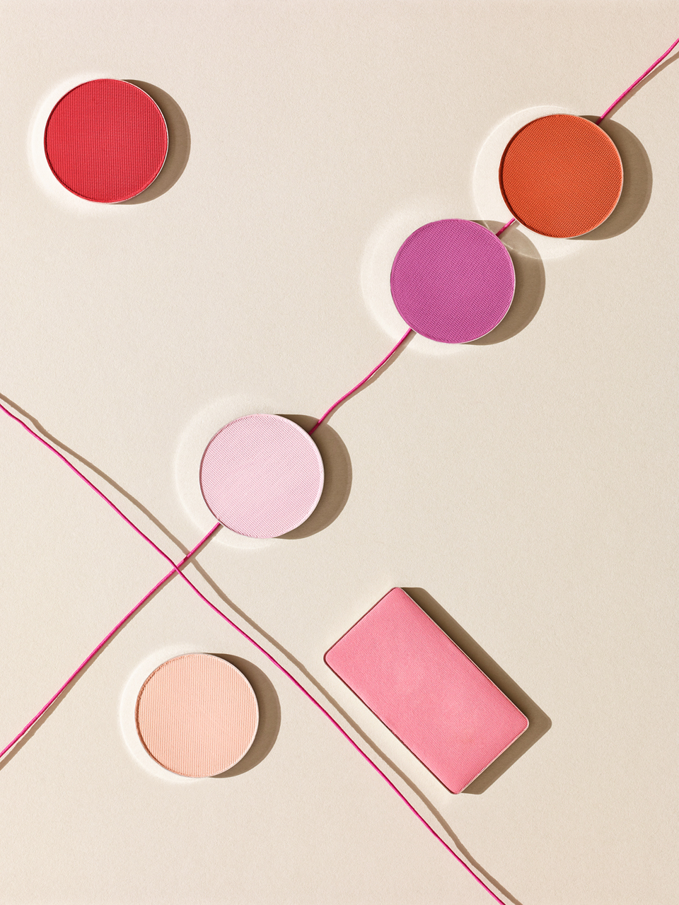 Sabine-Scheer-cosmetic-stillife-blushes-abstract-pattern